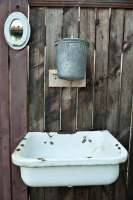 depositphotos6195938-stock-photo-old-washstand.jpg