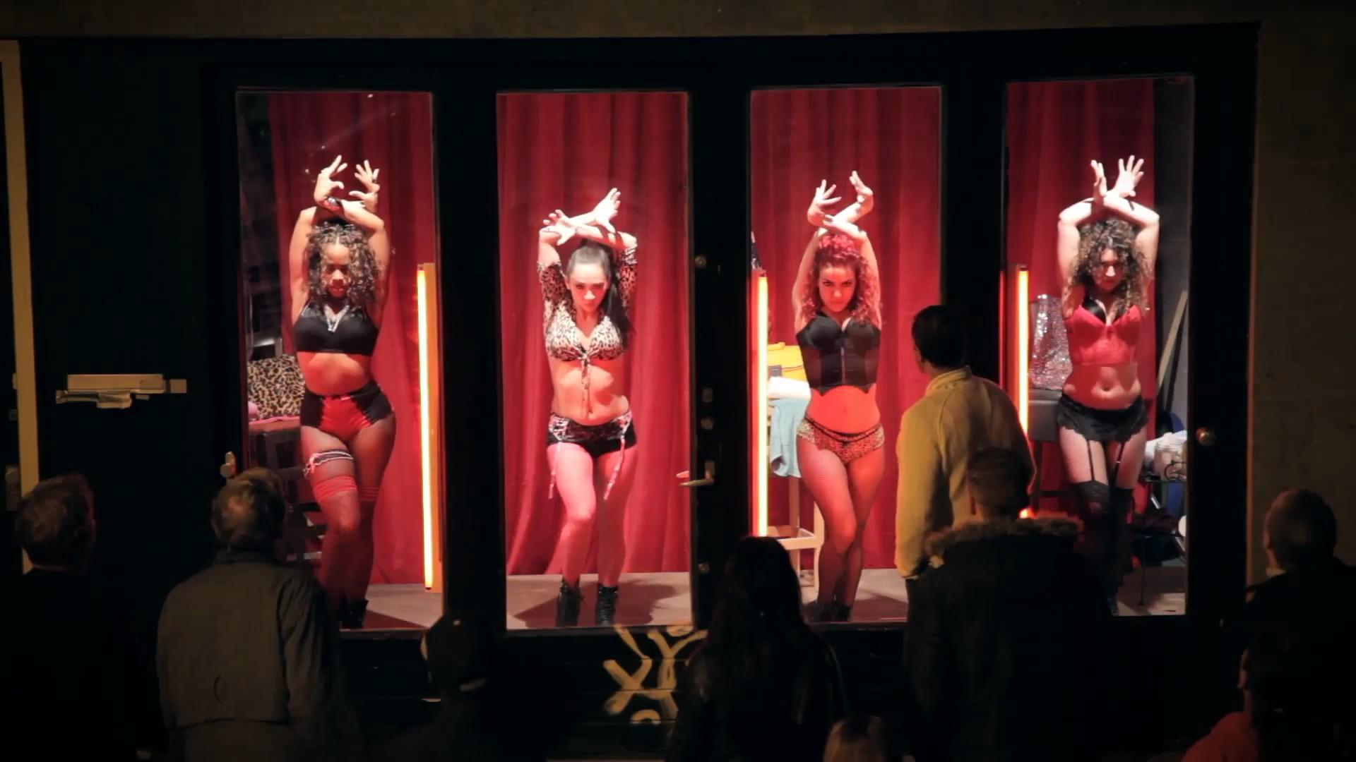 Проститутки шоп запах проститутки