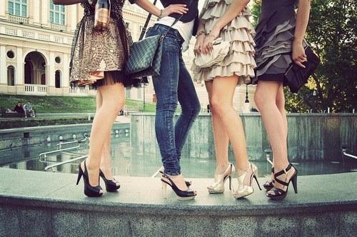 ноги подружек фото