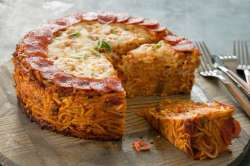 largecheesy-spaghetti-pizza-pie.jpg