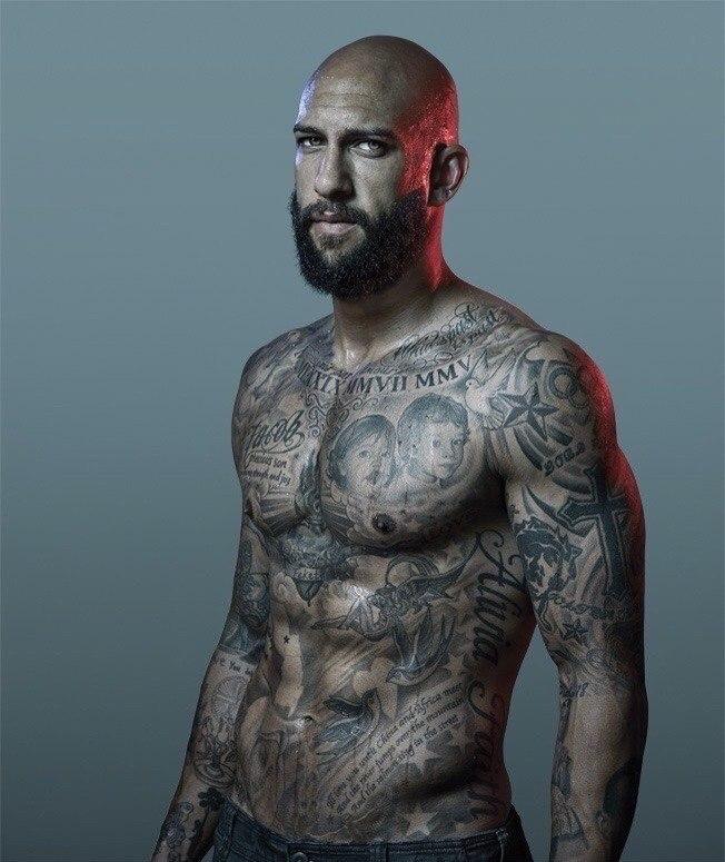 tim howard tattoos - 652×775
