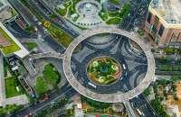 Shanghai-Lu-Jia-Zui-circular-Pedestrian-Bridge-4.jpg