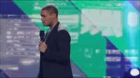 Trevor Noah makes fun of the Russian accent.mp4