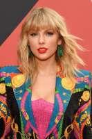 Taylor-Swift-at-2019-MTV-VMAs.jpg